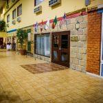 Services d'hôtel 3 étoiles Basses-Laurentides, atrium de 20 000 p.c !